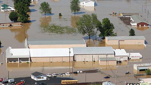 Co można zrobić i jak zabezpieczyć się przed powodzią? Nie da się!
